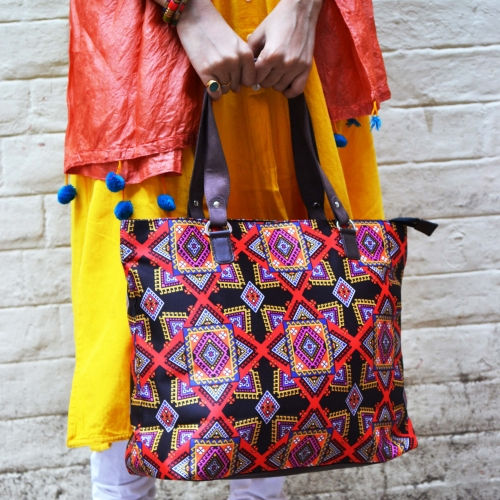 Graphic Colorful Printed Poly-Satin Suede Women Handbag