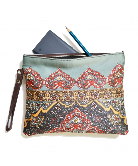 Rug 1 Colorful Printed Poly-Satin Women Pouch